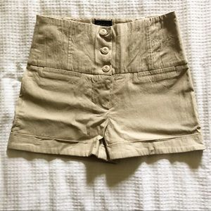 High waisted shorts from Seductions